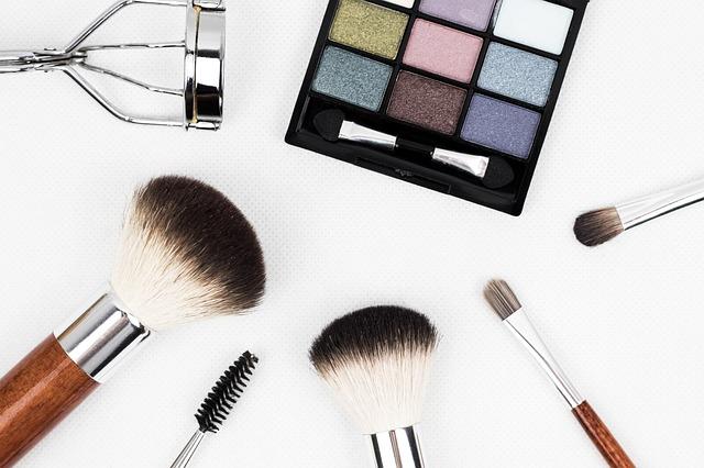Canali make up